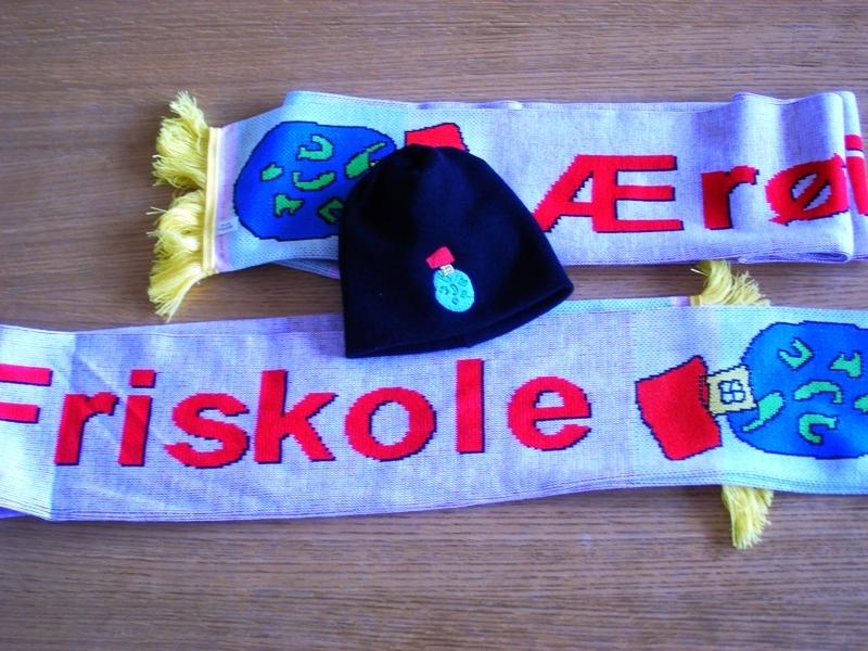 Æro skole - hue + halstørklæde